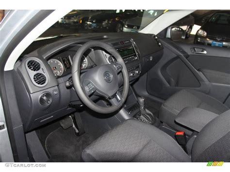volkswagen tiguan black 2013 black interior 2013 volkswagen tiguan s photo 68101838