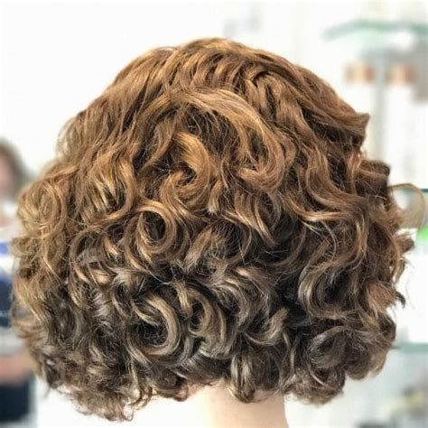 symmetrical hairstyles definition 42 curly bob hairstyles that rock in 2018