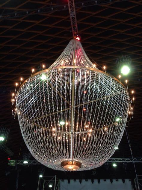 Chandelier Rentals Size Chandelier For Business Event Chandelierrental 187 Chandelier Rental