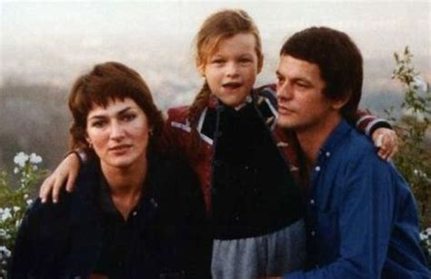 milla jovovich dad milla jovovich biography photo personal life movies