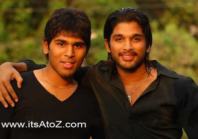 allu arjun rare photos with his family allu arjun family unseen rare photo gallery