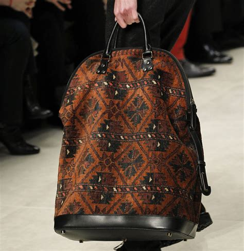 Burberry 2008 Handbags Runway Review by Burberry Fall 2014 Runway Bags 10 For Best Designer