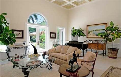 bill gates daughter bedroom is bill gates renting in florida realtor com 174
