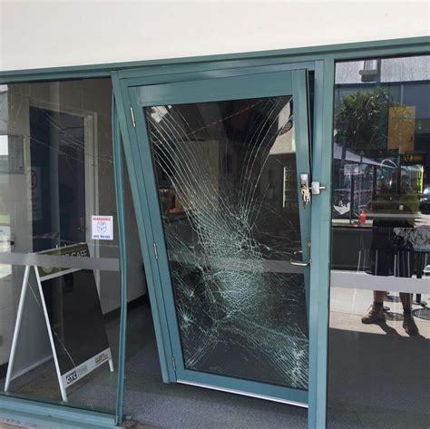 nationwide glass door replacement aussie emergency glass