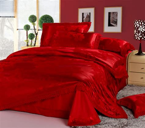 red coverlet luxury chinese wedding bedding set red jacquard lace queen