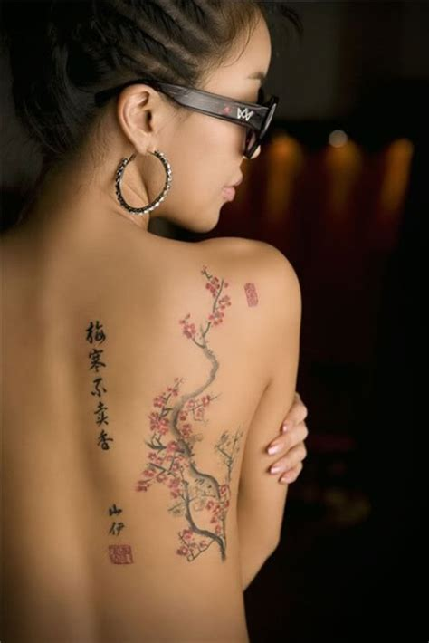 tattoo pain back of shoulder back of shoulder tattoo designs