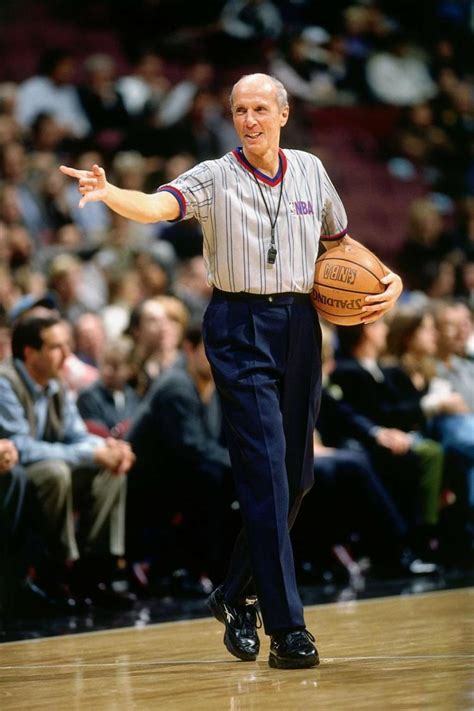 Mba Referees by Born Nba Ref Officiates 2 633rd Ny Daily News