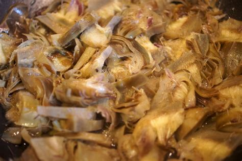 come si cucinano i carciofi in padella lasagne ai carciofi al forno