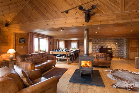 big room the lodge big husky lodge