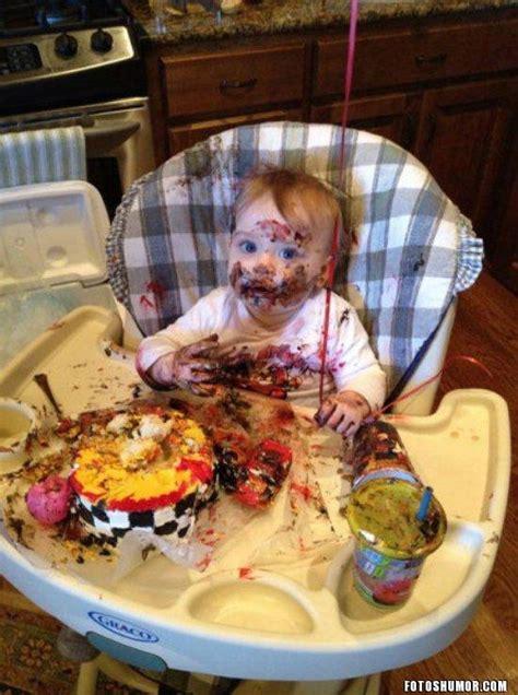 imagenes niños traviesos bebe travieso con la comida fotos de humor