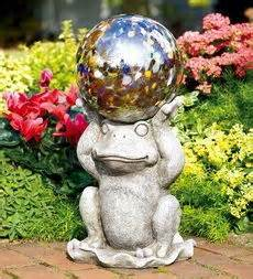 Gazing Ball Stand Ideas 1000 Images About Gazing Balls On Pinterest Wood