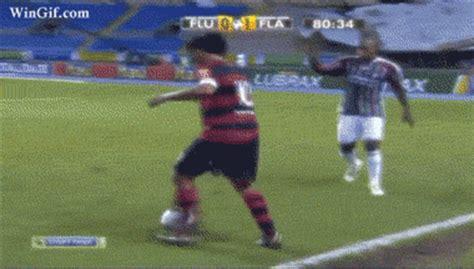 imagenes que se mueven de jugadas de futbol im 225 genes con movimiento de f 250 tbol