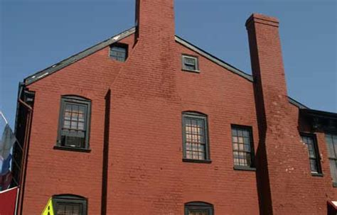 haunted houses in maryland find real haunted houses in annapolis maryland middleton tavern in annapolis maryland