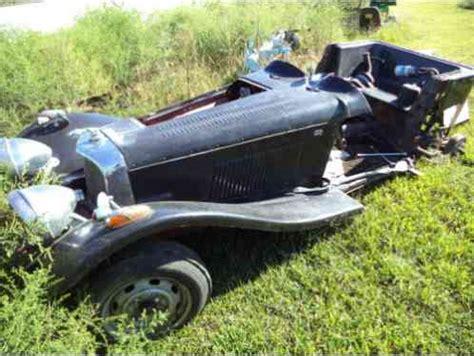 replica/kit makes ss 100 1937, jaguar kit car as is pulled