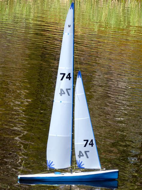 Mainan Perahu Sailing Boat gambar air sayap dayung kendaraan tiang kapal