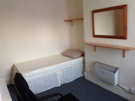 bed sit image gallery london bedsit