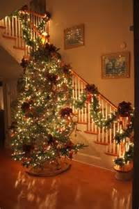 When Do Christmas Decorations Have To Come Down - 1000 ideas about christmas staircase on pinterest christmas staircase decor christmas