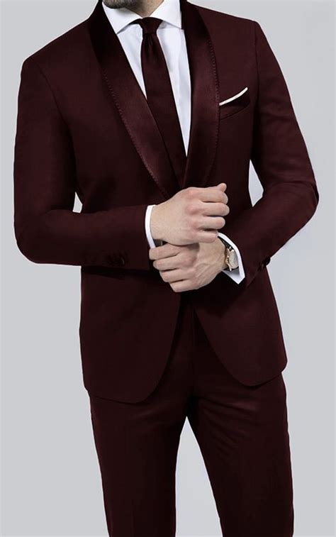 Tie For Light Grey Suit by Best 25 Maroon Tuxedo Ideas On Pinterest Maroon Suit