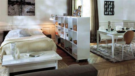 s駱aration chambre salon 5 m 233 thodes astucieuses pour int 233 grer sa chambre dans le salon