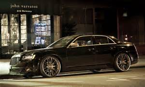 7 View Chrysler 2013 Chrysler 300c Varvatos Limited Edition Front 7 8