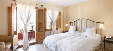 hoteles con en la habitacion cerca de madrid hotel rinc 243 n de traspalacio hoteles con encanto en