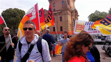 esselunga pavia orari 10 maggio sciopero in esselunga contro iperflessibilit 224 e