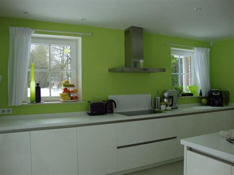 cuisine peinte en vert cuisine schroder lucida magnolia photo 13 19 3514112