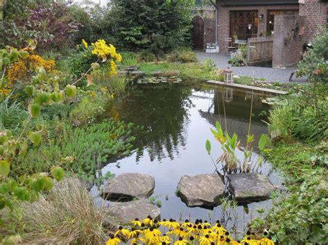 naturnaher garten gestalten naturnaher garten galabau m 228 hler naturgarten