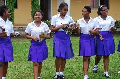 naija school girls secondary school girls turns classroom into strip pers