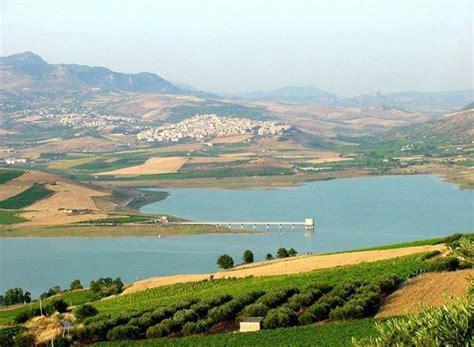 pacifico porto garibaldi sulle sponde lago arancio fra cultura e buona tavola