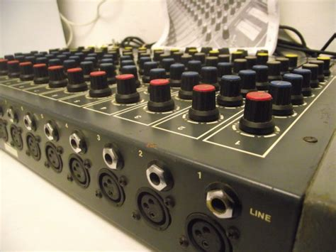 Mixer Cina 12 Chanel laney 12 chanel analogue mixer tapeline ltd