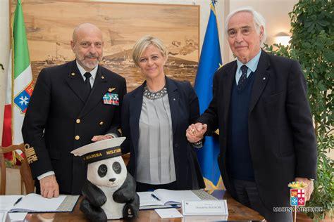 firma dell wwf italy a tutela mare accordo wwf e marina militare