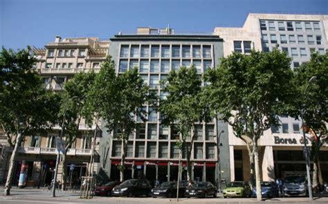 la estadounidense hines paga 90 millones por la sede de - Banco Popular Barcelona