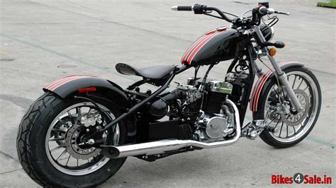 photo  regal raptor bobber  motorcycle picture