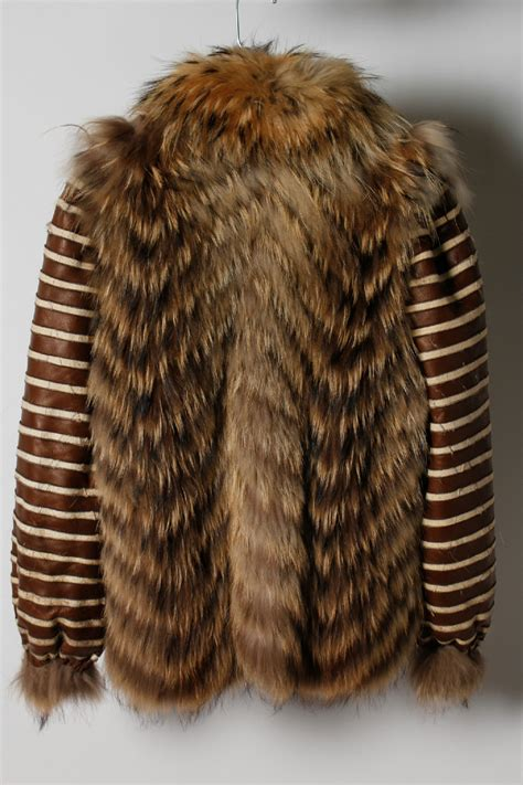 brown fur pattern brown stripes pattern raccoon fur oopen front winter
