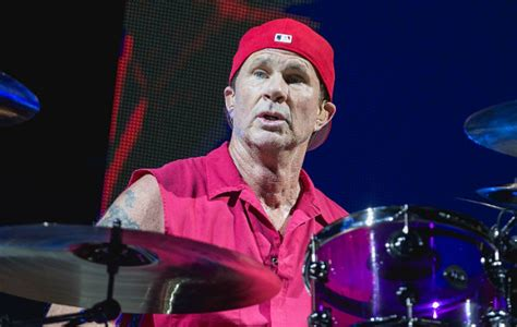 red hot chili peppers chad smith red hot chili peppers chad smith praises detroit as quot the