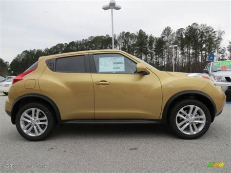 gold nissan car 2013 atomic gold nissan juke sv 76389286 photo 6