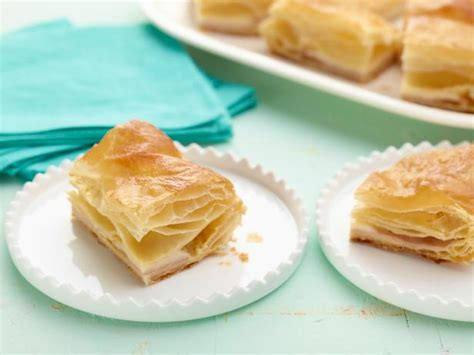 Puff Cheese ham and cheese puff pastry
