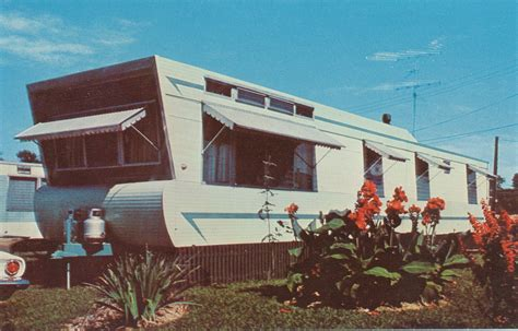 retro homes share