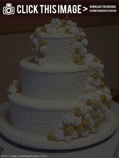 Wedding Cake Icing Styles by White Wedding Cake Icing Diy Wedding Cake Icing On A