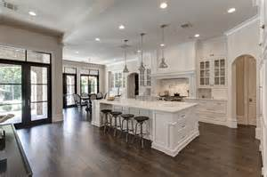 Beautiful Kitchens With White Cabinets Gorgeous All White Kitchen With Marble Countertops And