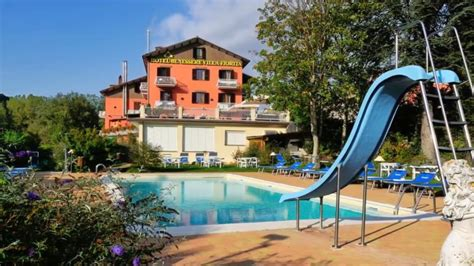 piscina coperta anche per bambini hotel villa fiorita di