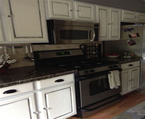 companies that paint kitchen cabinets painting kitchen cabinets an awesome transformation