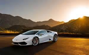 White Lamborghini Huracan Lamborghini Huracan Lp640 4 White Supercar At Sunset