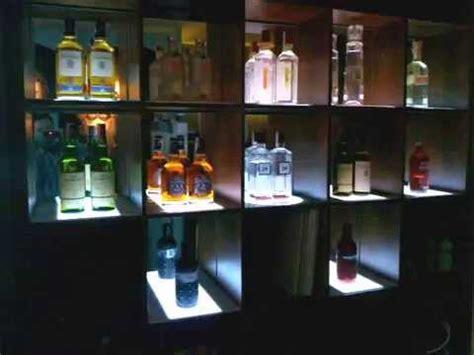 iluminacion de estanterias bar pub discoteca proyectos de