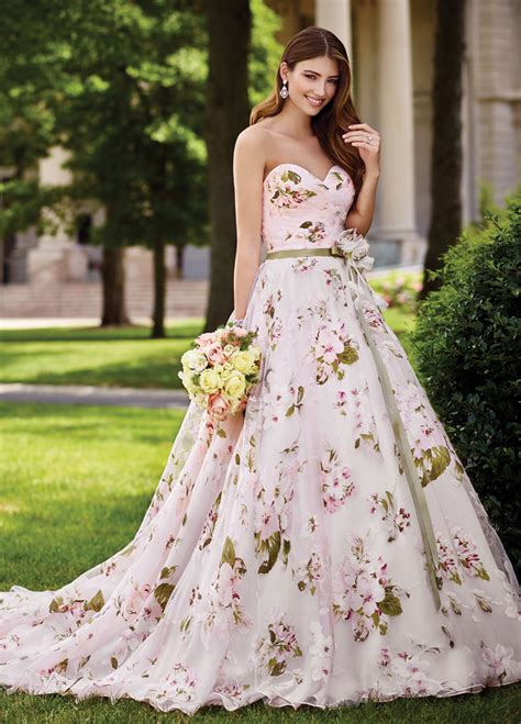 colorful wedding dresses 10 colourful wedding dresses