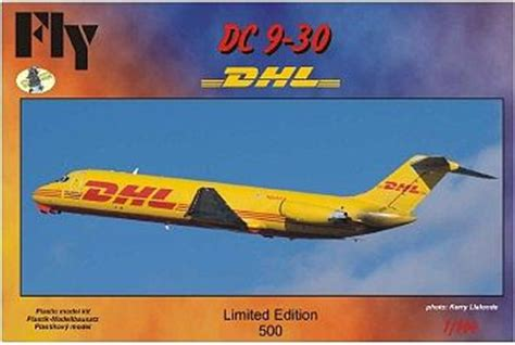 commercial plastic model airplanes dc9 30 dhl commercial airliner plastic model airplane kit