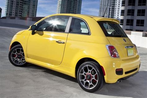 2015 fiat 500 new car review autotrader