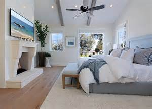Luxury Home Interior Paint Colors by Relaxed California House With Coastal Interiors
