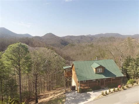 Pet Friendly Cabins Smokey Mountains by Pet Friendly Cabins Golden Cabins